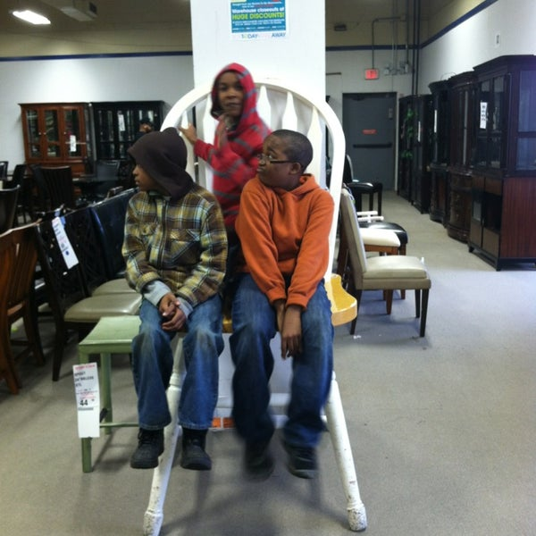 Rooms To Go Outlet Furniture Store Forest Park Ga