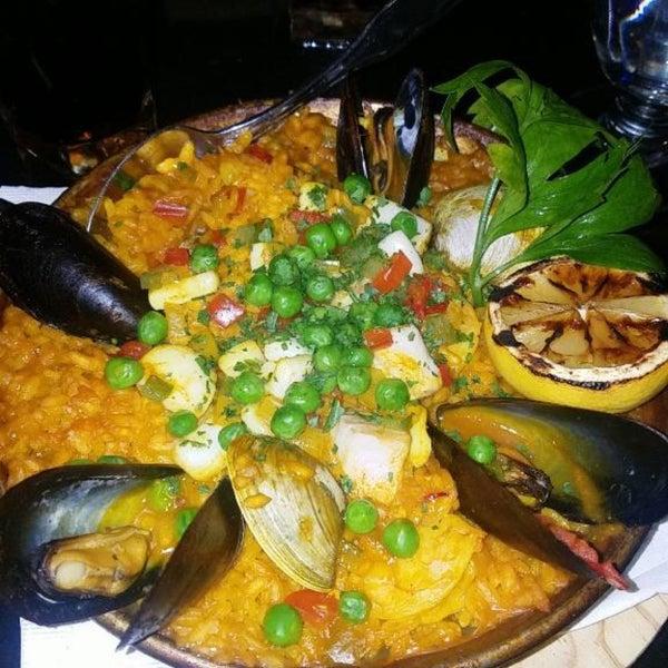 Снимок сделан в Tio Pepe Restaurant пользователем ACM 8/26/2017