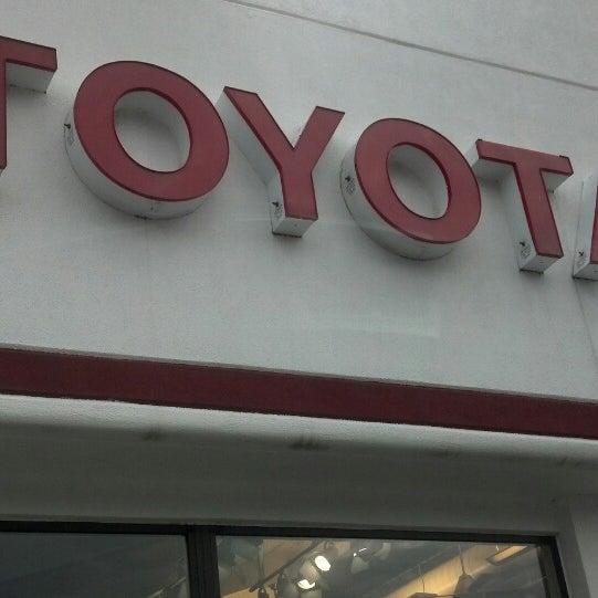 Interstate Toyota Auto Dealership