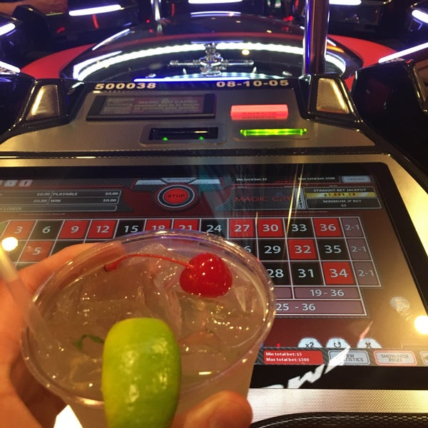 Foto tomada en Magic City Casino por Russel el 1/19/2017