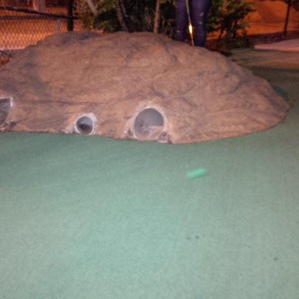 Das Foto wurde bei Palmetto Golf Course von TheGroupRide am 2/15/2014 aufgenommen