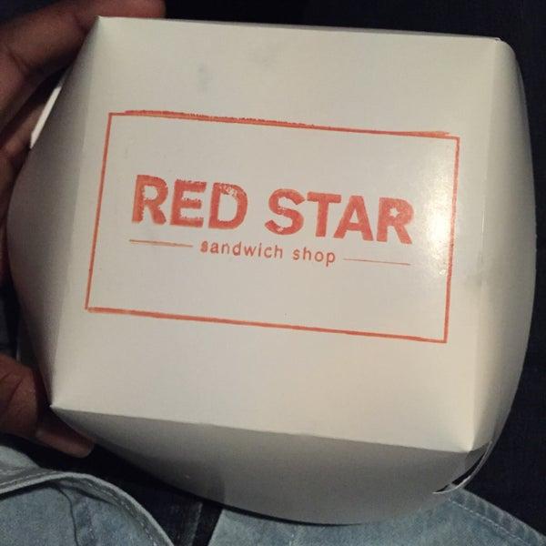 12/15/2014にDelonがRed Star Sandwich Shopで撮った写真