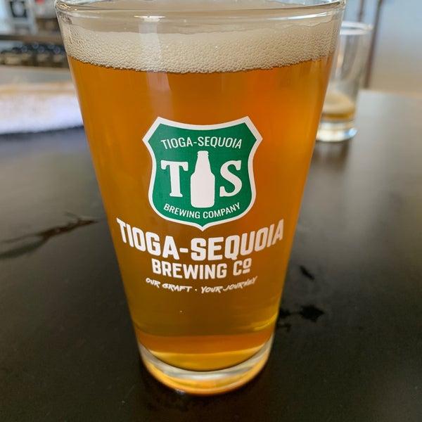 8/10/2019 tarihinde Lori B.ziyaretçi tarafından Tioga-Sequoia Brewing Company'de çekilen fotoğraf