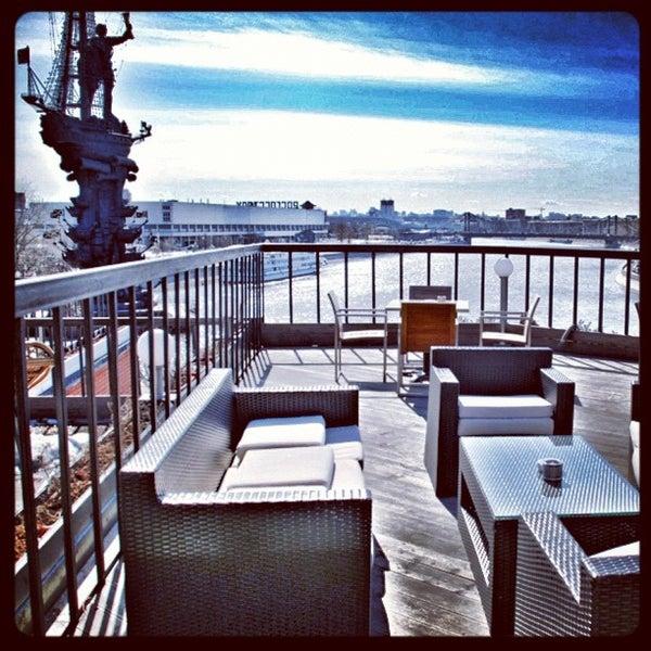 Foto tirada no(a) Ресторан & Lounge «Река» por Слава Б. em 10/3/2012