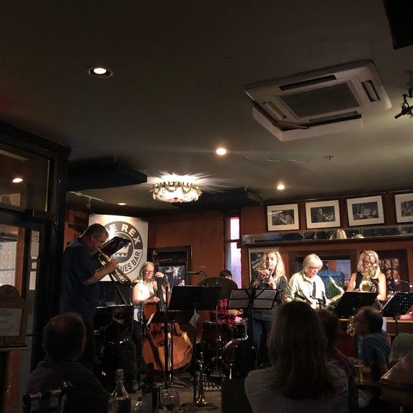 8/31/2019にBilgin U.がThe Rex Hotel Jazz & Blues Barで撮った写真