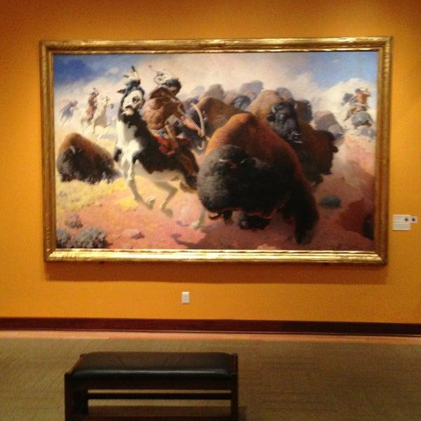 Das Foto wurde bei The Rockwell Museum von nANCY S. am 7/19/2013 aufgenommen