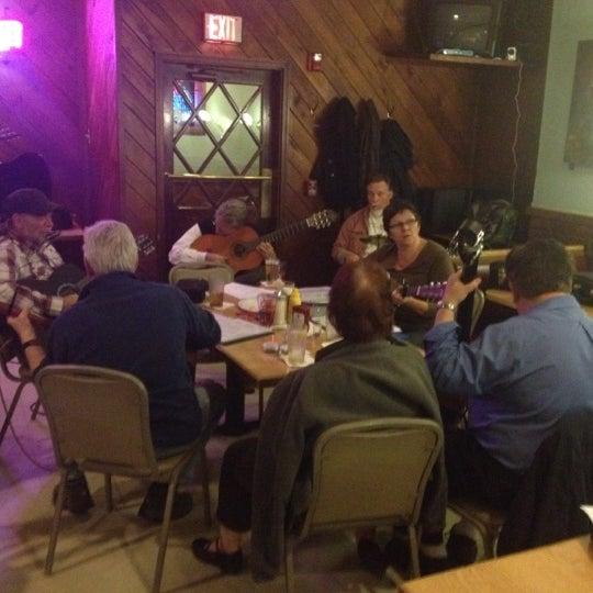 Снимок сделан в Brew House пользователем David H. 12/5/2012