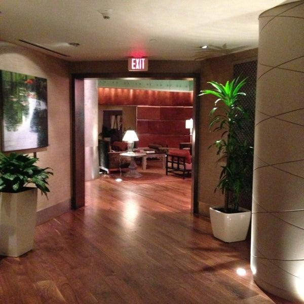 Снимок сделан в Magnolia Hotel пользователем John C. 8/24/2013