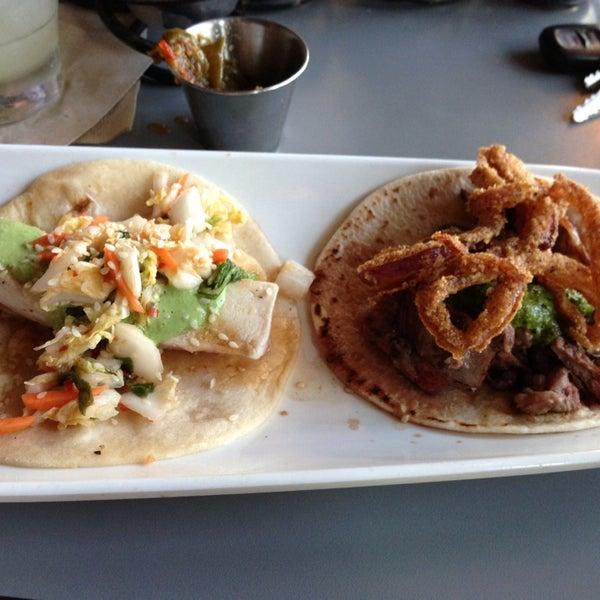 Снимок сделан в TNT - Tacos and Tequila пользователем John C. 6/7/2013