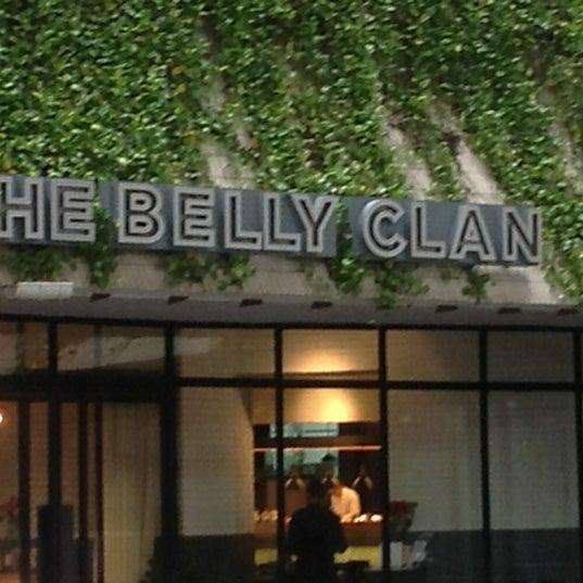 Foto tirada no(a) The Belly Clan por Lala A. em 1/13/2013