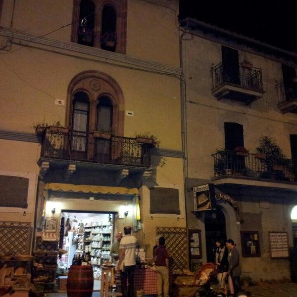 6/29/2013 tarihinde Sandro C.ziyaretçi tarafından Passignano sul Trasimeno'de çekilen fotoğraf