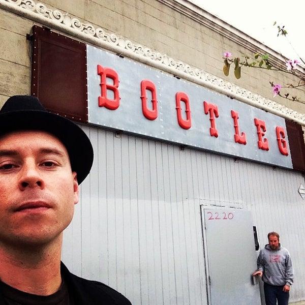 4/25/2013にNathen M.がBootleg Bar & Theaterで撮った写真