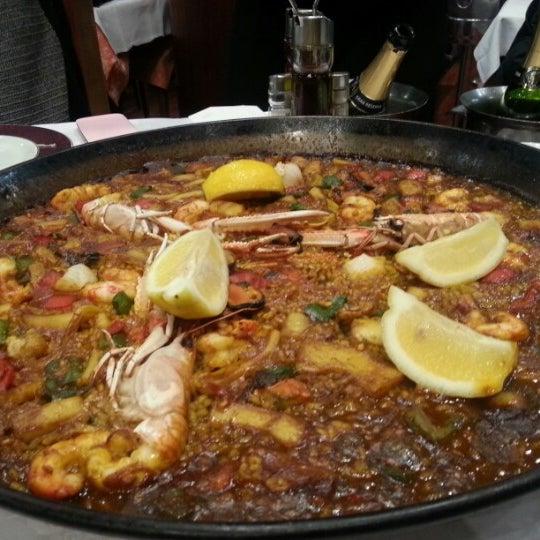 Das Foto wurde bei Restaurante Salamanca von Yeonhee P. am 2/27/2013 aufgenommen