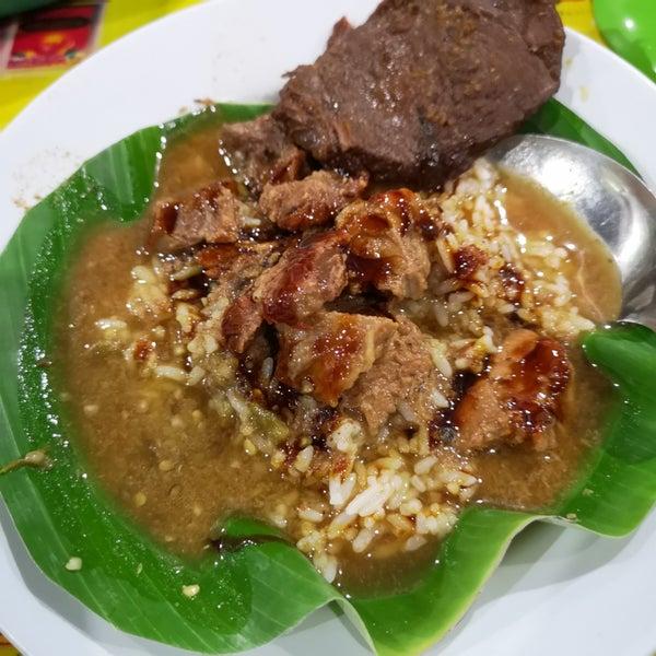 """Nasi Gandul """"Bu Endang"""" Khas Kota Pati - Kembangan - Jl Raya Pesanggrahan"""