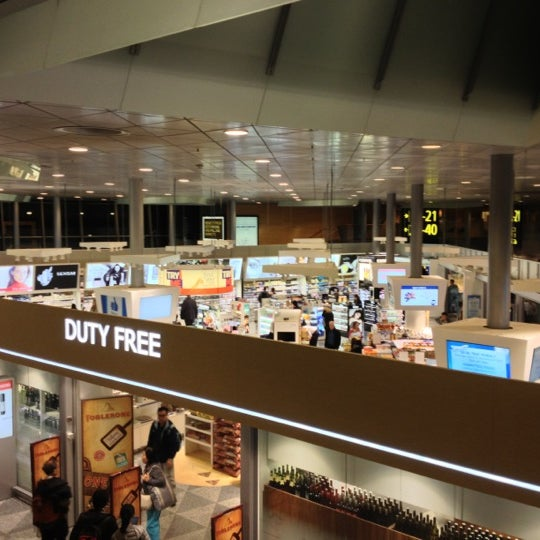 Photo taken at Helsinki Duty Free by Кирилл L. on 10 16 2012 a3cc9349b2