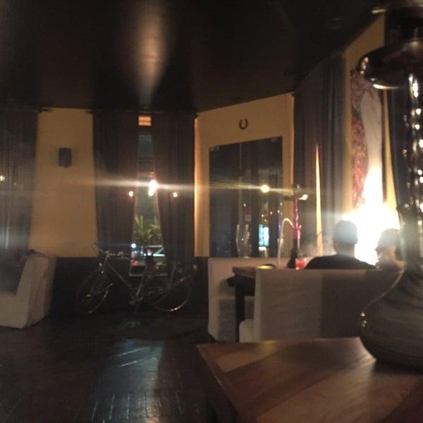 4/16/2016にOlga S.がto.be barで撮った写真