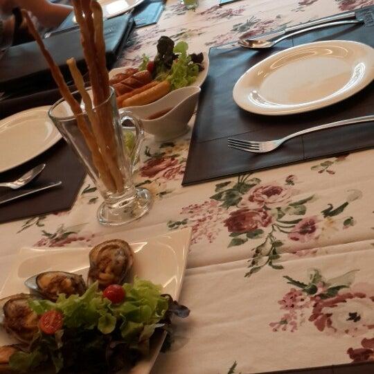 Photos At Greendish Italian Restaurant หวยขวาง 10 Tips From 236