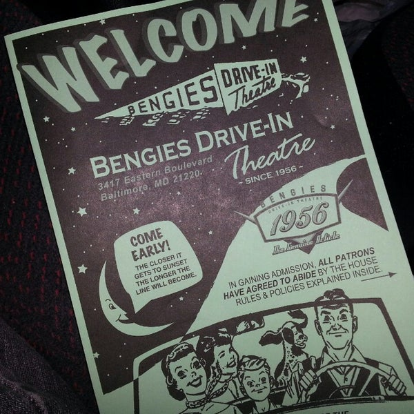 Снимок сделан в Bengies Drive-in Theatre пользователем Bobbie D. 10/4/2013