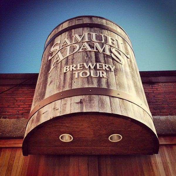 Photo prise au Samuel Adams Brewery par Ryan A. le11/24/2012