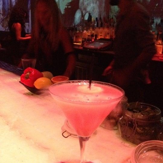Foto tomada en HaVen Gastro-Lounge por Carl P. el 9/17/2012