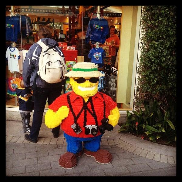 Foto tirada no(a) Legoland California por Jon-o G. em 2/12/2013