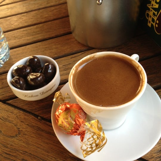 Foto tomada en Kahve Dünyası por Ercan K. el 11/29/2012