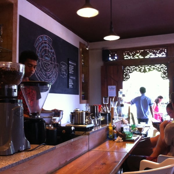 1/3/2014 tarihinde Francesca T.ziyaretçi tarafından Seniman Coffee Studio'de çekilen fotoğraf