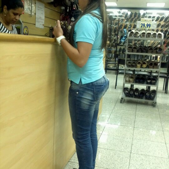 10/27/2012 tarihinde André B.ziyaretçi tarafından Shopping Center Penha'de çekilen fotoğraf