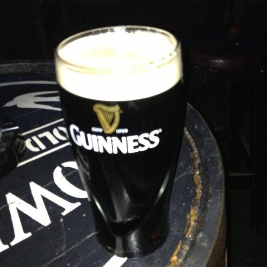 รูปภาพถ่ายที่ Toners Pub โดย Numan N. เมื่อ 10/16/2012