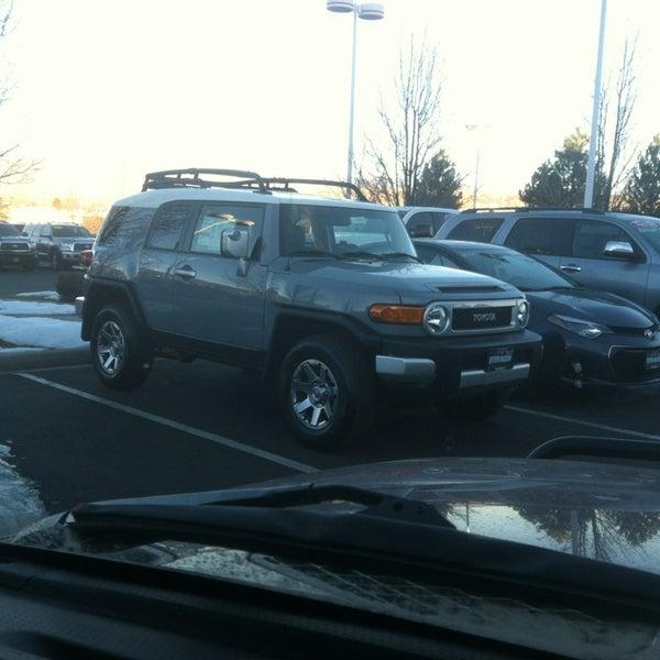 Das Foto wurde bei Stevinson Toyota West von Joe N. am 12/15/2013 aufgenommen