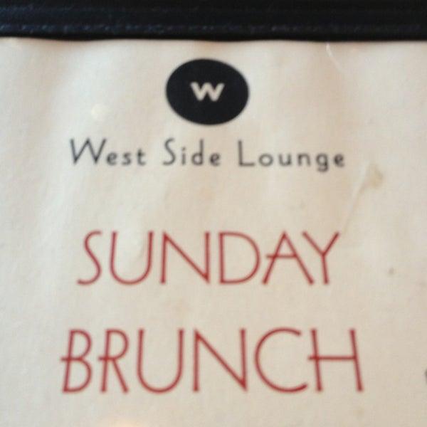 6/2/2013 tarihinde EJ P.ziyaretçi tarafından West Side Lounge'de çekilen fotoğraf