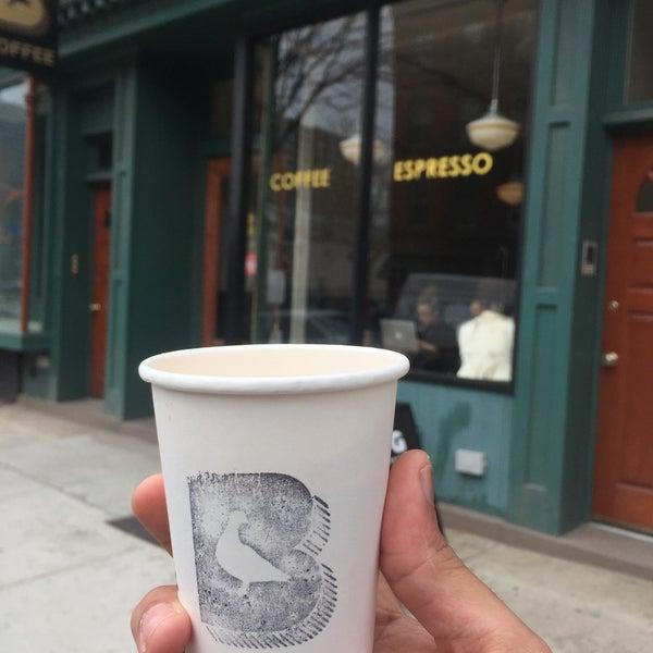 Foto tirada no(a) BKG Coffee Roasters por Adam em 4/10/2018