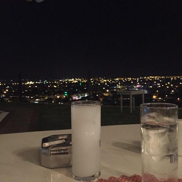 Photo prise au Sundial Otel, Bar & Restaurant par Aysgl Sağır le7/25/2018
