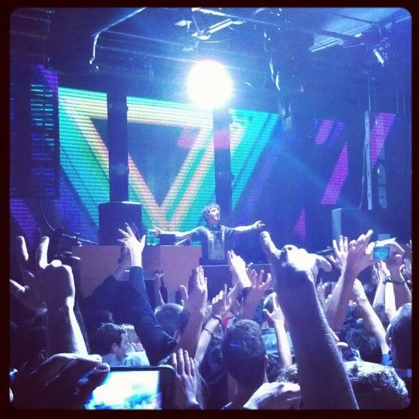 Das Foto wurde bei Foundation Nightclub von Zach am 12/9/2012 aufgenommen