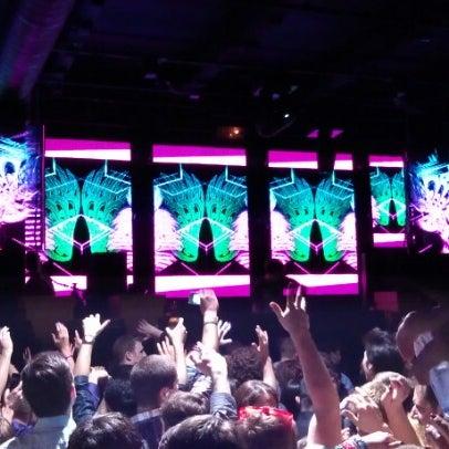 Das Foto wurde bei Foundation Nightclub von Zach am 12/12/2012 aufgenommen