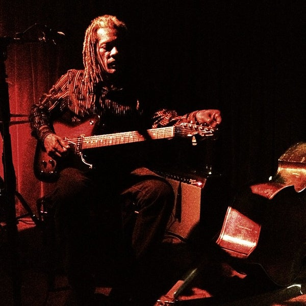 Photo prise au Terra Blues par Brandon T. le1/29/2013