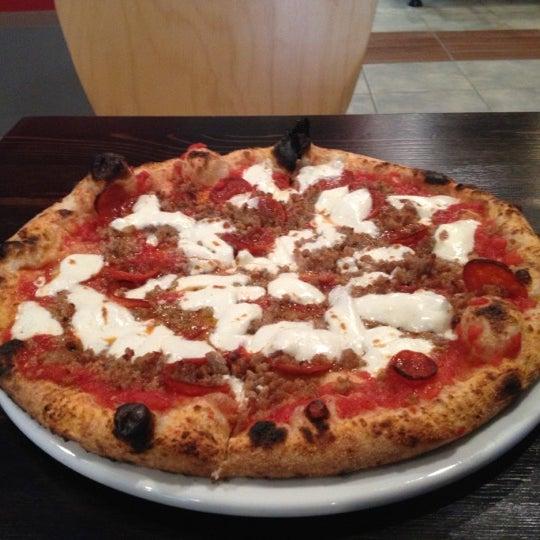 Снимок сделан в Pizza CS пользователем Jamie F. 10/21/2012