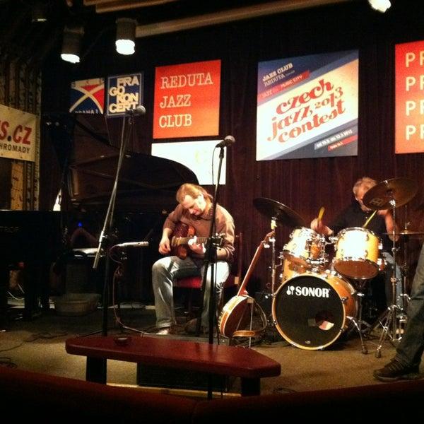 Foto tomada en Reduta Jazz Club por Vladimir A. el 3/11/2013
