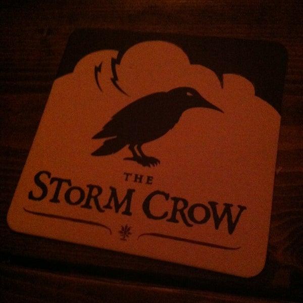 12/22/2012 tarihinde Theo A.ziyaretçi tarafından Storm Crow Tavern'de çekilen fotoğraf