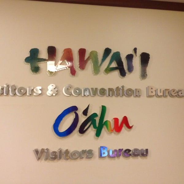 Das Foto wurde bei Hawaii Visitors & Convention Bureau von Paul L. am 2/7/2013 aufgenommen