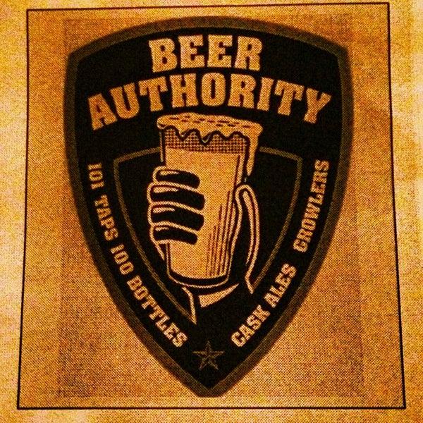 Foto diambil di Beer Authority NYC oleh iamreff pada 10/23/2013