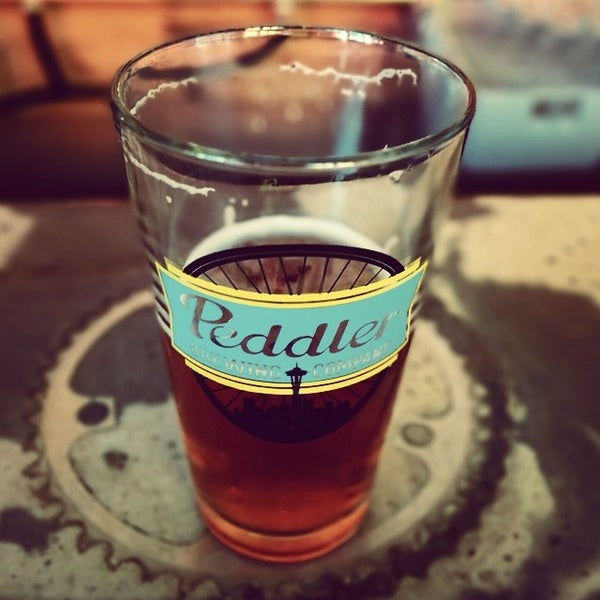 Снимок сделан в Peddler Brewing Company пользователем Mike H. 7/12/2014