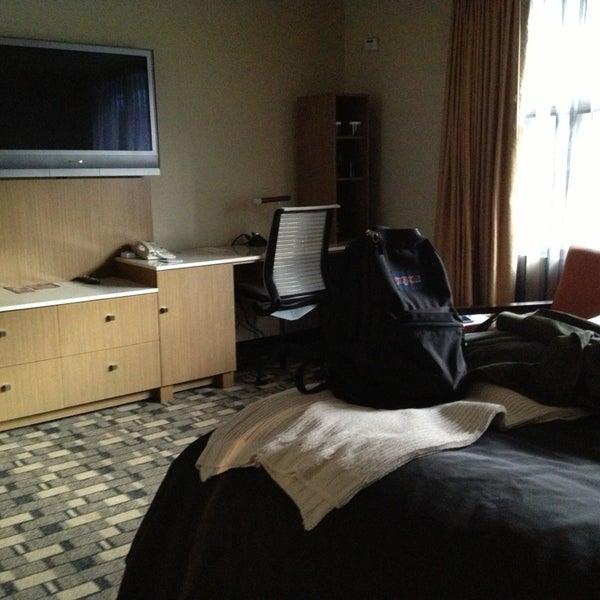 Das Foto wurde bei Hotel Rose von Roosevelt W. am 1/27/2013 aufgenommen