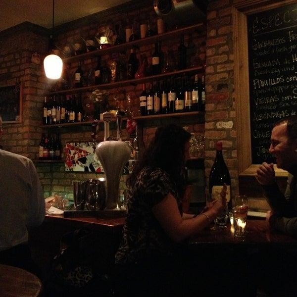 รูปภาพถ่ายที่ Las Ramblas Bar de Tapas โดย Dolly M. เมื่อ 2/13/2013
