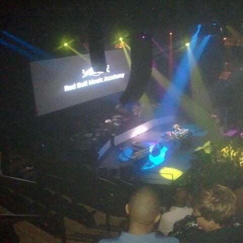 Das Foto wurde bei Austin City Limits Live von Mrs W. am 10/12/2012 aufgenommen