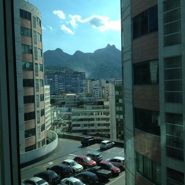 2/21/2013 tarihinde Renata T.ziyaretçi tarafından Shopping Tijuca'de çekilen fotoğraf