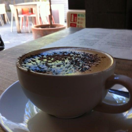 Foto tomada en The Table Café por Simon K. el 10/27/2012