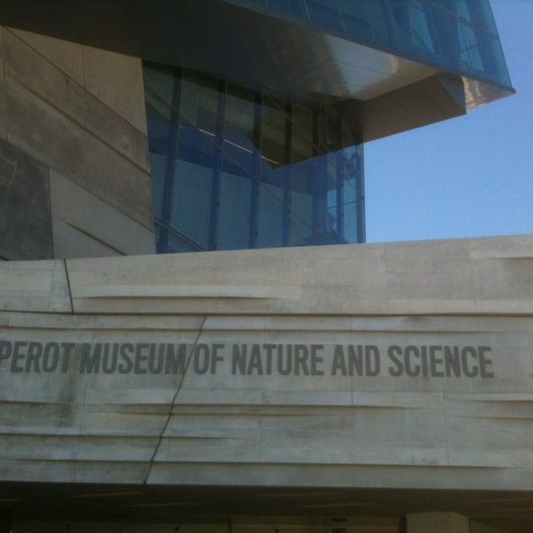 Foto tirada no(a) Perot Museum of Nature and Science por Courtney B. em 4/29/2013