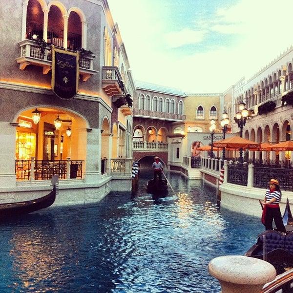 Foto tirada no(a) Venetian Resort & Casino por Pera P. em 4/8/2013