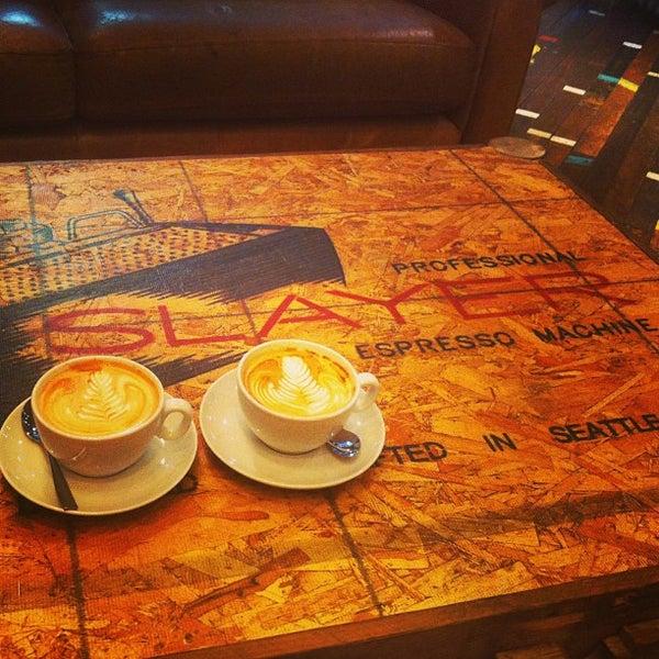 Foto diambil di Brew Lab Coffee oleh Tom C. pada 4/11/2013